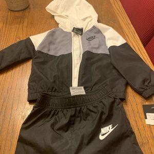 Kids Nike Windbreaker Suit